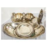 Lot of silverplate items