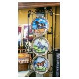 3 horse plates and plate rack