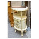 Shabby Chic oval 3-drawer stand