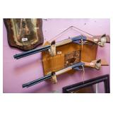 Wooden gun rack with hoof supports