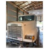 1992 Freightliner Day Cab Semi