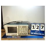 TEKTRONIX TDS 3034B FOUR CHANNEL COLOR DIGITAL