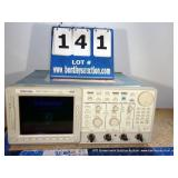 TEKTRONIX TDS 754D FOUR CHANNEL DIGITAL PHOSPHOR