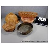 LOT: 5 ASSORTED DECORATIVE BASKETS - ROUND &