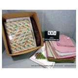 BOX: ASSORTED TABLE LINENS & PLACEMATS