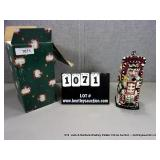 LOT: CHRISTMAS THEMES TELEPHONE BOOTH, CERAMIC