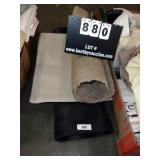 LOT: 4 RUGS, (1) 2.5
