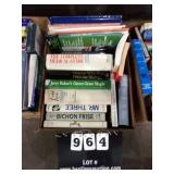 BOX: BOOKS (THE COMPLETE MEDICAL GUIDE, MR.