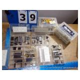 BIN: ASSORTED BINS CONNECTORS (12X MONEY)