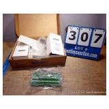 BOX: NATIONAL INSTRUMENTS SCB-100 100 PIN