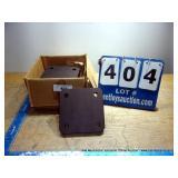 BOX: METAL PLATES