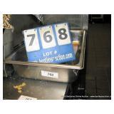 "20""X12""X4"" STAINLESS PAN"