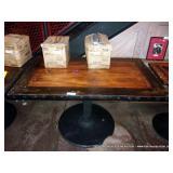 52X32 TABLE W/ ROUND BASE