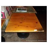 36X36 WOOD TABLE W/ ROUND TABLE