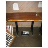 40X32 DOUBLE PEDESTAL TABLE