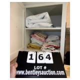 LOT: ASSORTED SHEETS & BLANKET