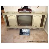 MAGNAVOX CONSOLE TV, STEREO, RECORD PLAYER