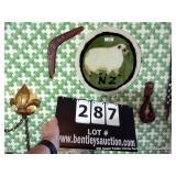 LOT: NEW ZEALAND  DECORATIONS, 1-HOOK, 1-WOOL,