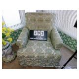 HICKORY CAVERN UPHOLSTERED ARM CHAIR