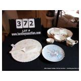 LOT: CAKE PLATE, SERVER PLATE, STRAWBERRY DIVIDED