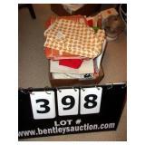 BOX: CUP TOWELS
