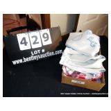 BOX: ASSORTED CUPTOWELS
