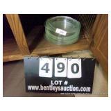 LOT: 10 GLASS PIE PANS