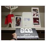 LOT:  4 CHRISTMAS DECORATIONS, 3 SANTA