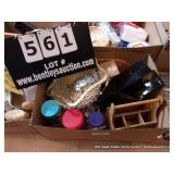 BOX: KITCHEN KNICK KNACKS & MISCELLANEOUS
