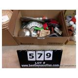 BOX:  MIXED KITCHENWARE, STAINERS, BOWLS, LIDS
