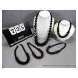 BAG: (5) LARGE BEAD NECKLACES~ 2-BLACK, 1-GREEN,
