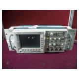 TEKTRONIX TDS 3034B DIGITAL PHOSPHOR OSCILLOSCOPE