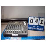 MACKIE 1202-VL2 PRO 12-CHANNEL MIC / LINE MIXER