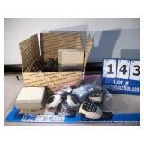 BOX: ASSORTED RADIO SPEAKERS