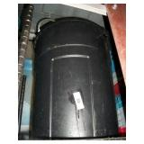 BLACK TUB: GLASS RACKS