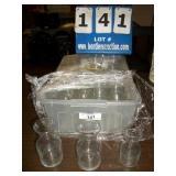 PLASTIC BIN: SMALL GLASS CENTER PIECES