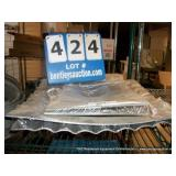 LOT: STAINLESS STEEL PLATES