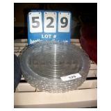 STACK: PLASTIC PLATES (5X MONEY)