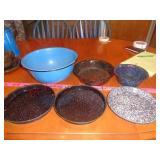 6 vintage enamelware - bowls & pans