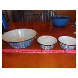 3 enamelware bowls