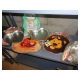Baking supplies - Wilton cake pans +++