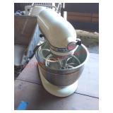 KitchenAid stand mixer w/ 2 bowls