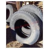 2 Nexen 265/70 R17 tires