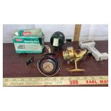 4 fishing Reels & Zebco fish scale