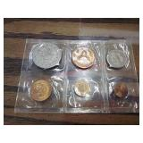 Foreign coin proof set