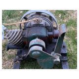 Model 92 Maytag short base engine