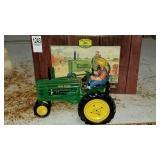 New John Deere Franklin Mint wind up tractor Mod.B