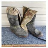 Insulated hip wader boots - unknown size