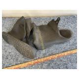 Workbrutes rain boots 2XL