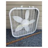 Polorwind box fan